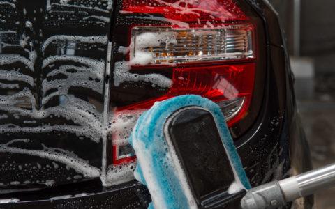 lavage carrosserie éponge